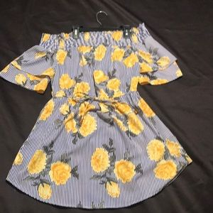 Junior stripe blue and white yellow roses dress